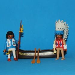 Indios con canoa