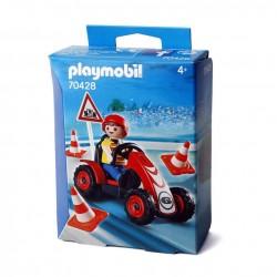 Niño con Kart